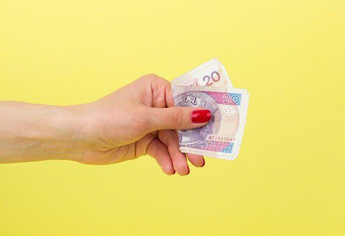 Darujemy pieniądze za polecenie: jak działa stały program rabatowy Freezl