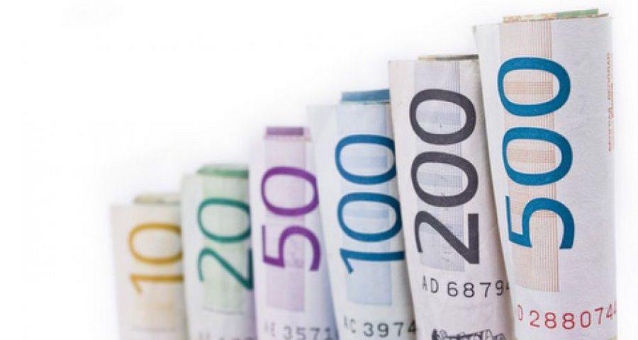 Złoty czy euro, w czym lepiej oszczędzać?