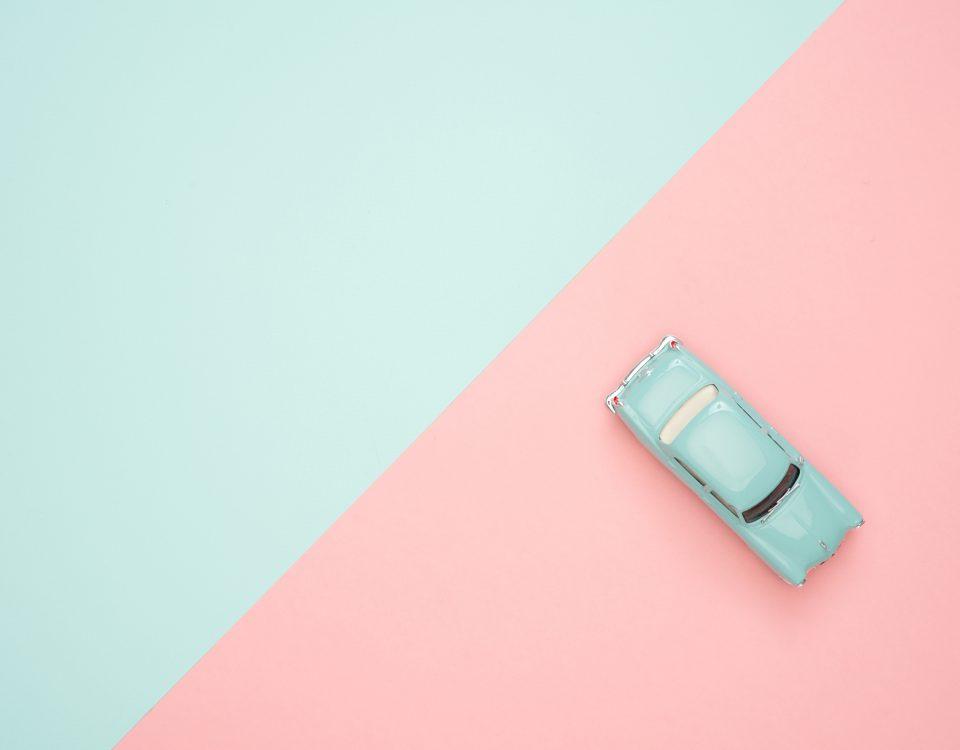 Pożyczka pod zastaw samochodu - zalety i wady?