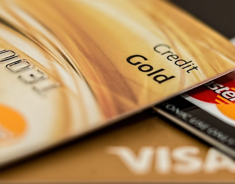 TOP-10 najdroższych kart bankowych świata