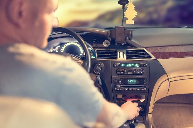 Czy można wziąć pożyczkę na prawo jazdy?