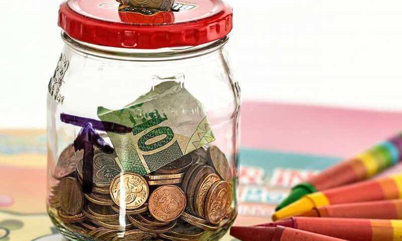 Jak przelać pieniądze ze Skarbonki na konto główne lub promocyjne?